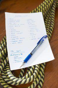 Tener una lista de sus objetivos diarios puede ayudar a priorizar su día.