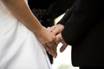 Usted puede ordenarse a casarse con alguien?