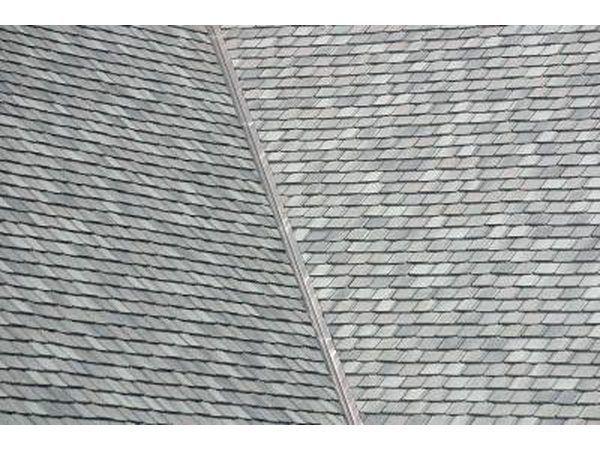 Recoger las tejas grises con un tono cálido para las casas de colores cálidos.