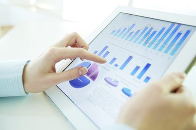 Las pruebas en la contabilidad general cuando se buscan candidatos para una posición de la contabilidad, puede ayudar a evaluar el potencial de los empleados`s strengths and weaknesses.