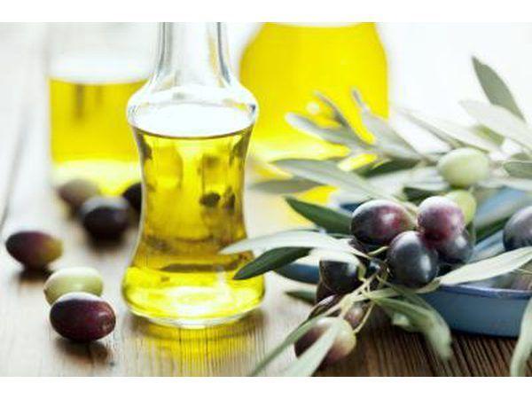 El aceite de oliva y aceitunas