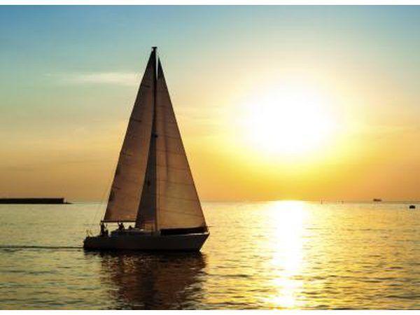 Un barco de vela.