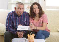 valor de rescate en efectivo representa el componente de ahorro de una póliza de seguro de vida entera.