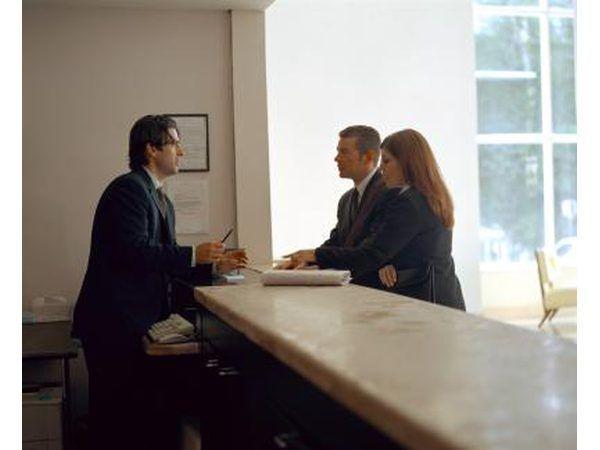 establecer claramente lo que puede hacer para el cliente enojado hotel.