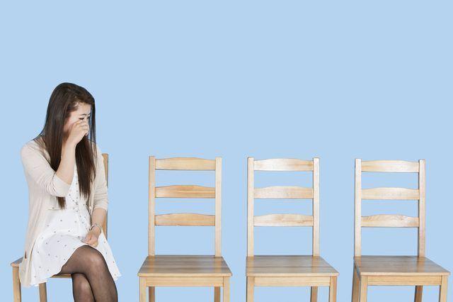 Utilice una silla para mantener el equilibrio