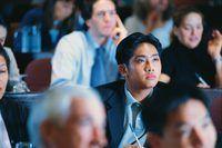 seminarios de motivación inyección de moral para todos los asistentes.