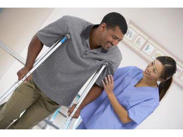 Buscar el tratamiento de un fisioterapeuta con licencia.