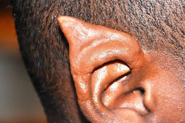Cómo hacer sus propios oídos látex Elf