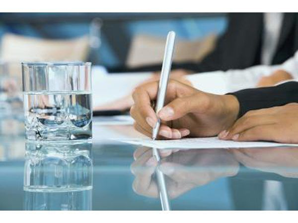 Completar el cambio preliminar del informe de la propiedad.