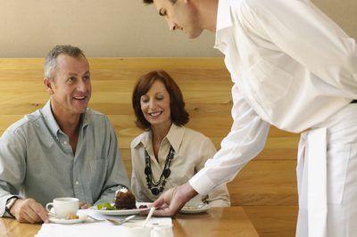 El funcionamiento de un restaurante de éxito toma cuidadosa planificación y ejecución.