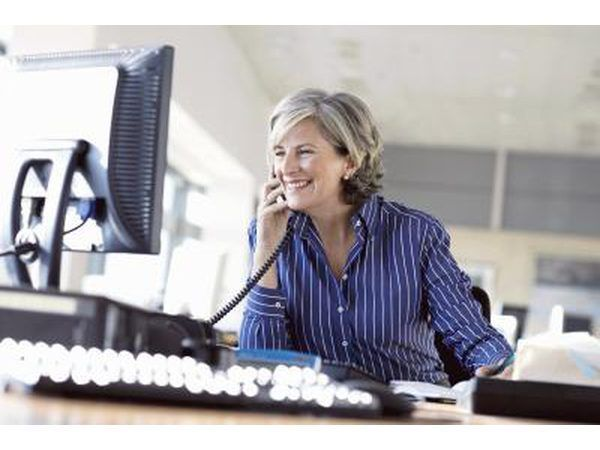 Una llamada telefónica es muchas veces que un cliente`s first impression of a company.