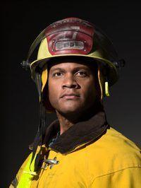 bomberos de la Florida deben estar certificados para trabajar como bomberos de carrera.