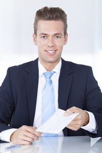 Los empleadores se vuelva a emitir un cheque de nómina perdido independientemente del tiempo transcurrido.