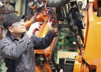 Los fabricantes se comparan los salarios medios por hora a los niveles promedio de producción por hora.