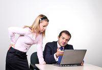 Capacitar a los empleados para influir en los procesos de trabajo pueden mejorar la productividad.