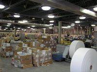 El comercio electrónico simplifica la gestión de la cadena de suministro.
