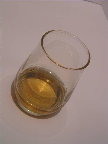 ¿Por qué algunas personas Flush al beber alcohol?